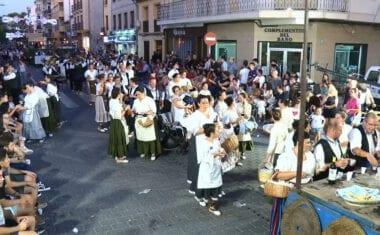 23 peñas participaron en la Cabalgata Tradicional