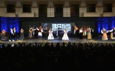 Lleno total en la clausura del 36 Festival Nacional de Folklore Ciudad de Jumilla