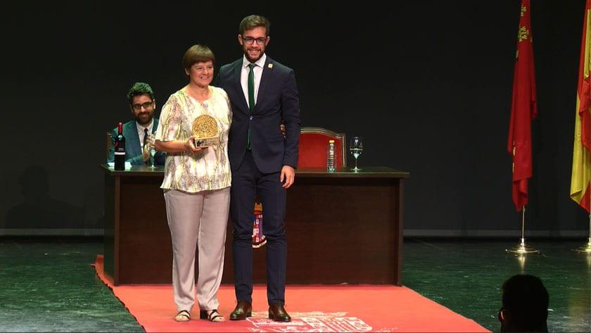 Premio Cofín de Oro a Rosa Lencina