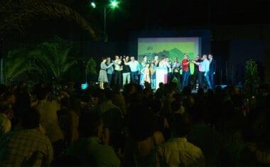 Más de un millar de personas celebran el XX Aniversario de la Exaltación del Vino