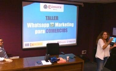 """Dan comienzo los """"Almuerzos del Comercio"""" con un taller sobre WhatsApp Marketing"""