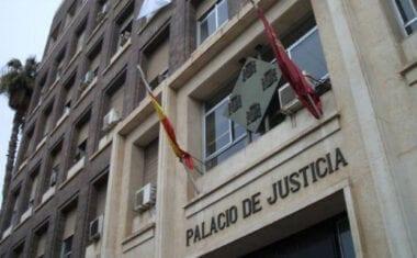 Los once acusados de sustraer máquinas agrícolas llegan a un acuerdo con la Fiscalía