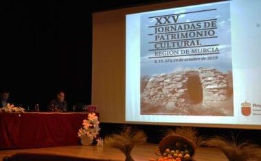 Cayetano Herrero pone en valor las construcciones en piedra seca de Jumilla