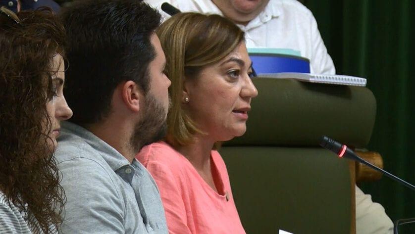 El PP de Jumilla denuncia irregularidades en la contratación de tres actuaciones en el Teatro Vico