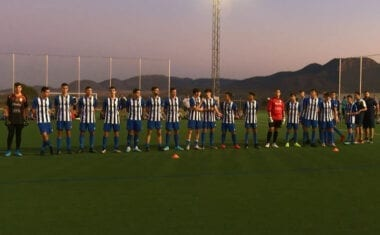 Cara y Cruz para los dos equipos juveniles de la Escuela de Fútbol Base Jumilla