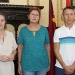 Ayuntamiento y Cáritas renuevan el convenio de colaboración con una dotación de 15.000 euros