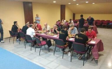 El Club Coimbra Jumilla comienza el Campeonato Regional por Equipos con victoria en la máxima categoría