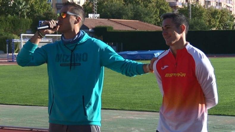 La actividad ha estado organizada por el profesor jumillano Jesús Montoya que ha contado con la colaboración especial del atleta y doble Campeón Nacional de velocidad Sergio López
