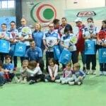 El Club Deportivo Aspajunide recibe 10 palas de pádel de la Obra Social de La Caixa