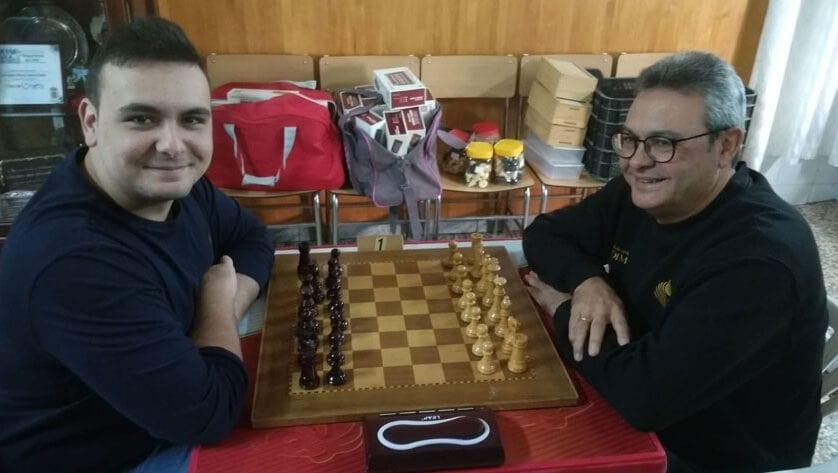 Alejandro Castellanos hizo podio en el V Torneo de Ajedrez Escuadra M.ª Inmaculada de Yecla