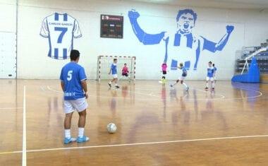 Los juveniles de la Escuela de Fútbol Sala Bodegas Carchelo aguantan en la parte alta de la tabla