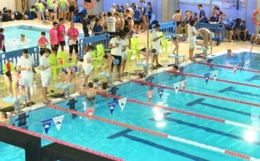 15 clubes de toda la Región y unos 300 nadadores se dieron cita en Jumilla