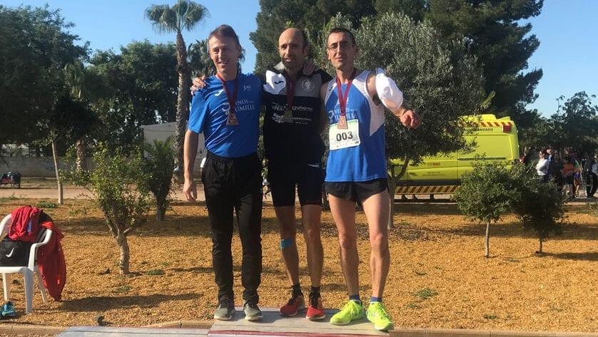El Athletic Club Jumilla cierra la temporada con cinco medallas en el Regional de Cross Corto