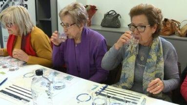 El agua de Jumilla es de mineralización media y agradable sabor