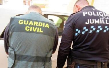 Detenido en Jumilla el presunto autor de una decena de robos en el interior de vehículos