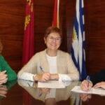 Ayuntamiento y AECC firman un convenio para la concesión de una subvención de 6.500 euros