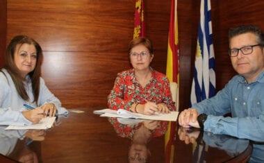 Ayuntamiento y Cofradía de la Asunción firman el convenio anual por 2.000 euros