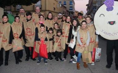 Los Reyes Magos repartirán en su Cabalgata del domingo más de 10.000 regalos