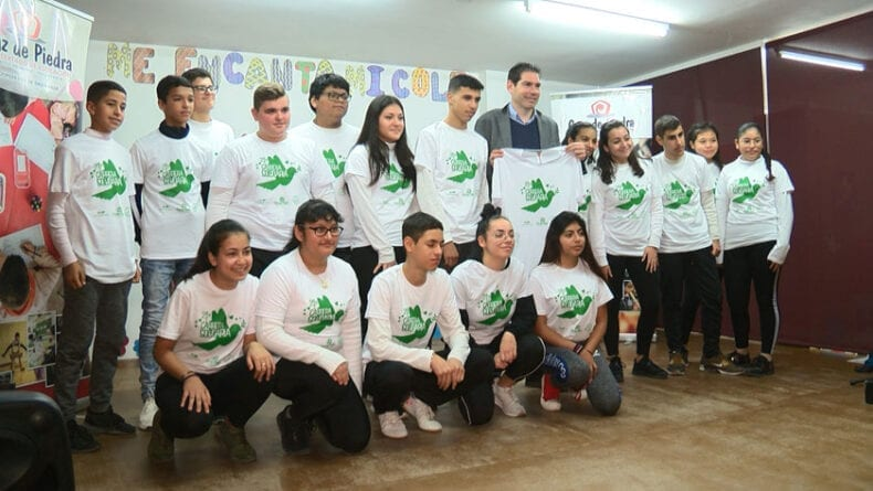 Charla del ex-jugador de fútbol sala Enrique Boned a los alumnos de Secundaria del Cruz de Piedra