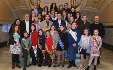 Las candidatas a Abanderadas Mayor e Infantil de las Fiestas de Moros y Cristianos de Murcia, celebran jornada de convivencia en Jumilla