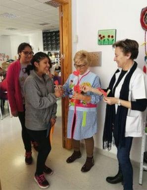 Los alumnos visitaron el Hogar de la Tercera Edad y el Centro Marín Padilla