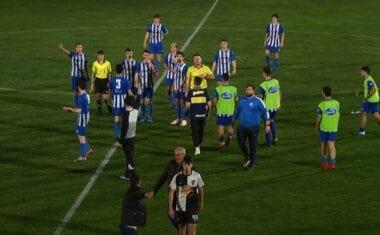 Golpe de autoridad del Primera juvenil de la Escuela de Fútbol con victoria en casa por 4-1