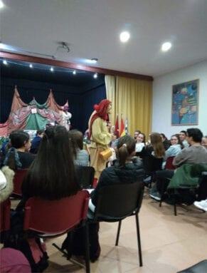 La representación se llevó a cabo en el Salón de Actos del Centro