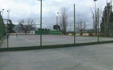 El PP presenta una moción para la remodelación integral de las pistas centrales de tenis