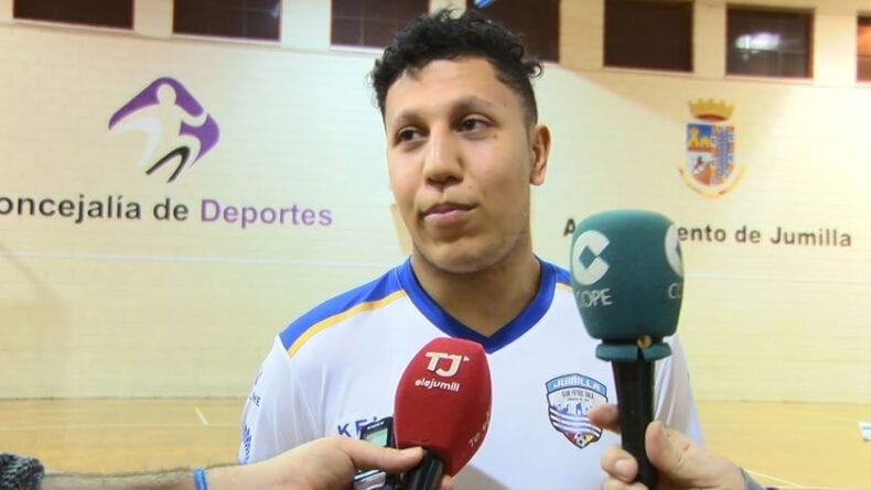 Mohammed Jalliti tras su último partido con el equipo