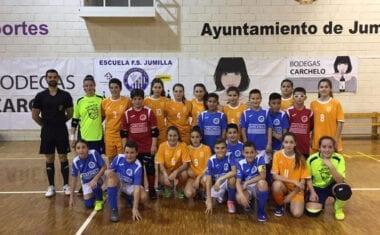 Festival de goles entre el alevín de la Escuela Bodegas Carchelo y la Selección Murciana Infantil Femenina