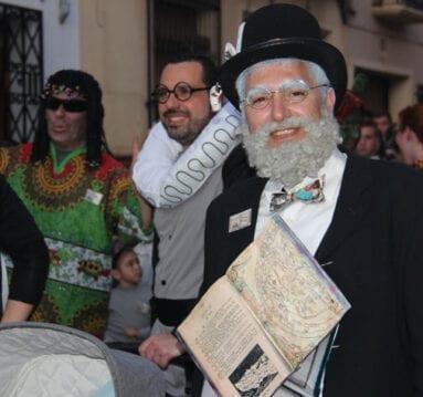 Colorido y fiesta en las calles de Jumilla