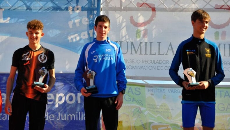 Victoria sub-18 de Mario Monreal en la tercera jornada de la Liga Regional