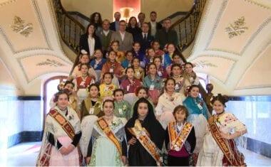 Las candidatas a Reina Infantil de la Huerta visitaron Jumilla