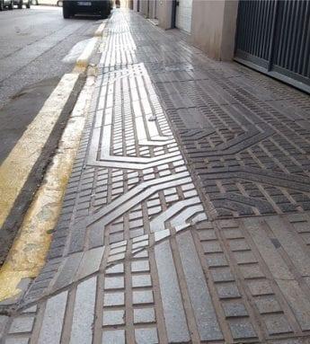 Algunas aceras tienen demasiada inclinación para el paso de sillas de rueda o carritos