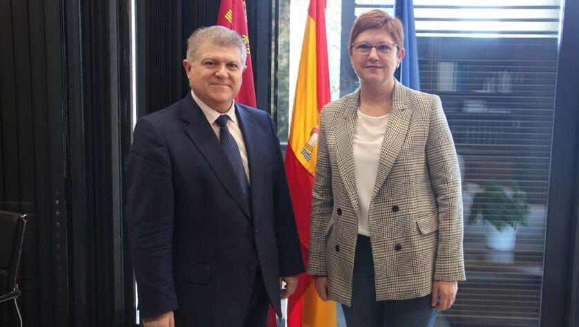 Primera reunión de la alcaldesa con el nuevo delegado del Gobierno en Murcia
