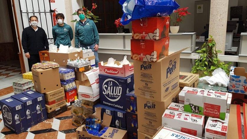 El Grupo Hinneni entrega el segundo lote de alimentos al Ayuntamiento de Jumilla