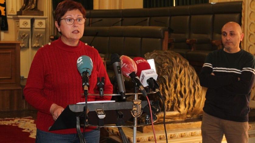 La alcaldesa traslada un mensaje de optimismo e informa de las nuevas acciones del Ayuntamiento frente al coronavirus