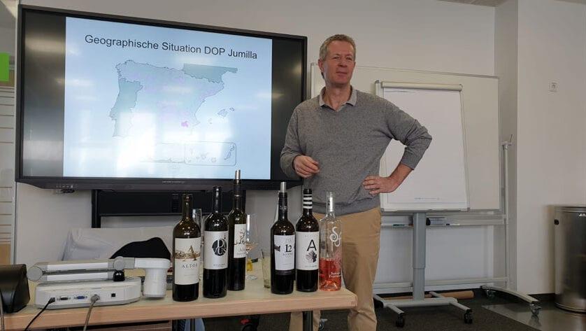 El CRDOP Jumilla organiza dos ponencias en las Escuelas de Hostelería de Würzburg y Coblenza