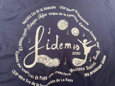 Detalle de la camiseta con los Centros participantes en la edición 2020 que se ha suspendido