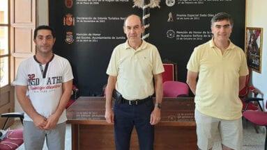 El presidente de la JCHCSS, Juan Francisco Martínez junto a los vicepresidentes Antonio Ramos y Juan Mateo