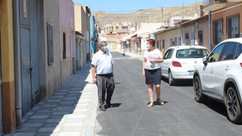 La alcaldesa y el concejal de Servicios han visitado las mejores en algunas de las calles