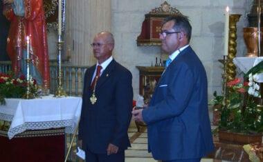 D. Rafael Ripoll Gilar recibe el galardón 'Denario de Plata' de la Cofradía del Beso de Judas