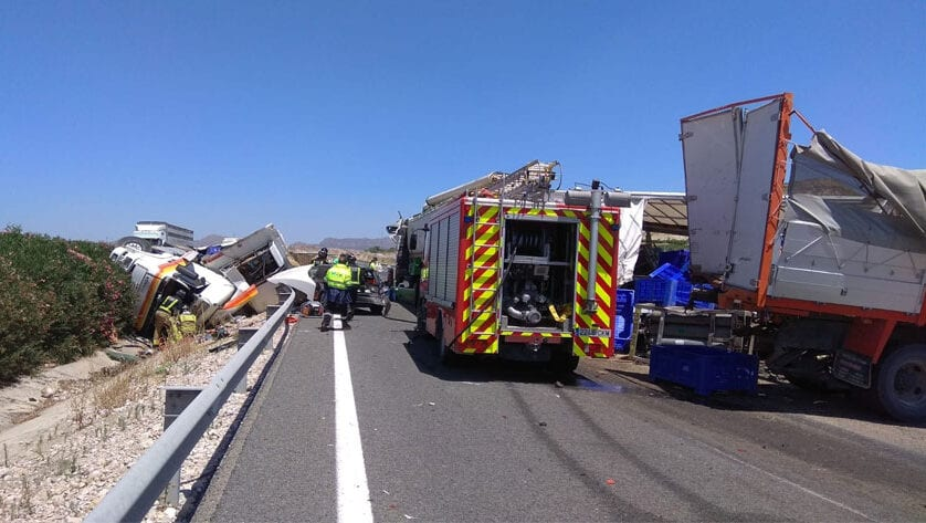 Accidente de tráfico en la autovía A-30, sentido Albacete, en el término municipal de Cieza