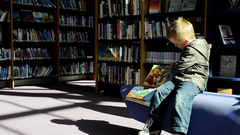 Los alumnos de la Región mejoran considerablemente su competencia lectora, según informe PISA