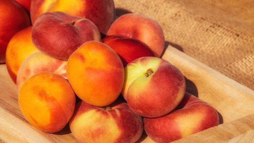 Denuncias de UPA provocan apertura de expediente sancionador a 3 empresas murcianas del sector de la fruta