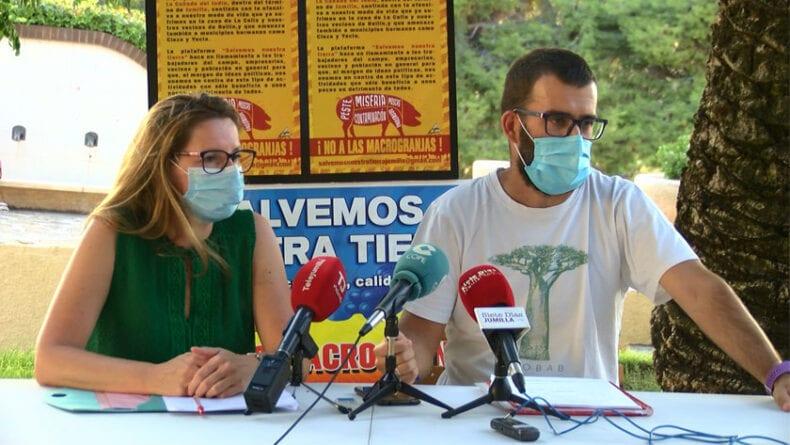 Catalina González y Miguel Trigueros durante la presentación