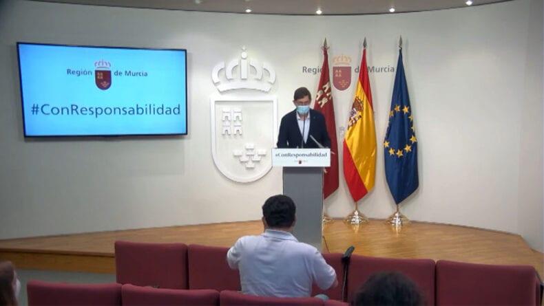 Comparecencia del consejero de Salud Manuel Villegas para informar de las nuevas medidas de restricción