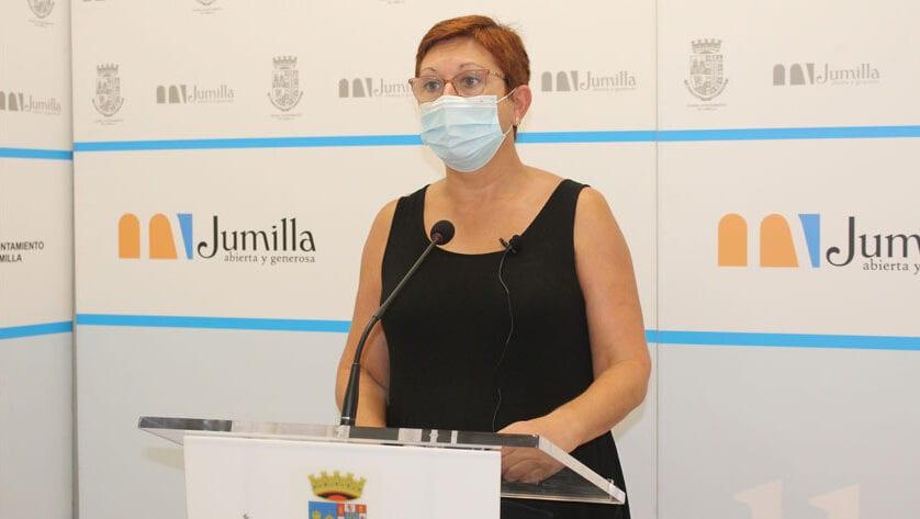 La alcaldesa Juana Guardiola apela de nuevo a la responsabilidad de los ciudadanos pidiéndoles un último esfuerzo