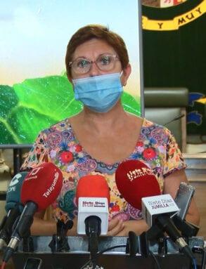 Juana Guardiola niega que haya inmigrantes alojados en el CIFEA