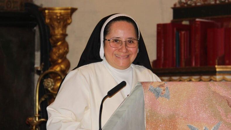 La hermana Sor Azucena Cisneros fue la encargada de realizar el Pregón